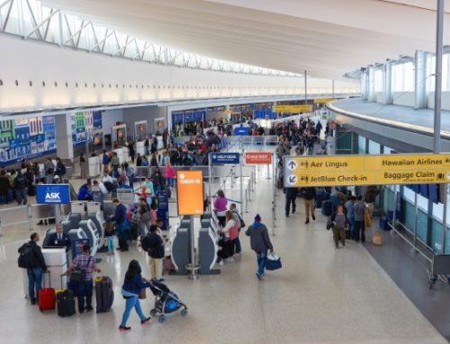 Segundo ACSP, mais brasileiros vão gastar 1º parcela do 13º com viagens e presentes