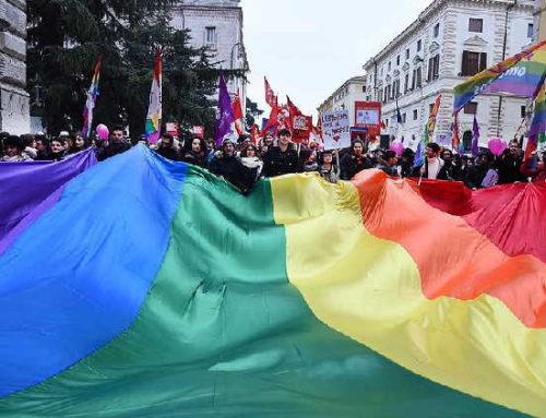 Por que sua marca deveria saber o que a comunidade LGBTQIA+ espera dela
